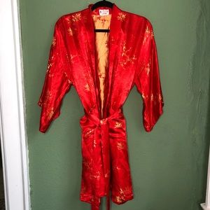 Other - Beautiful Chinese Red Silk Robe Kimono One Size
